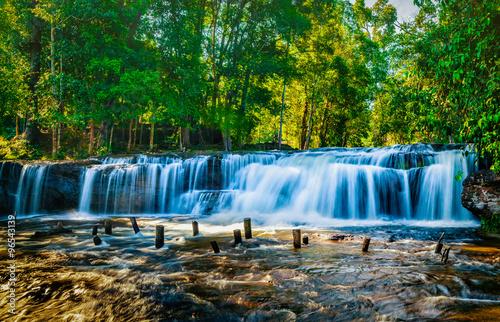 Foto op Plexiglas Panoramafoto s Tropical waterfall