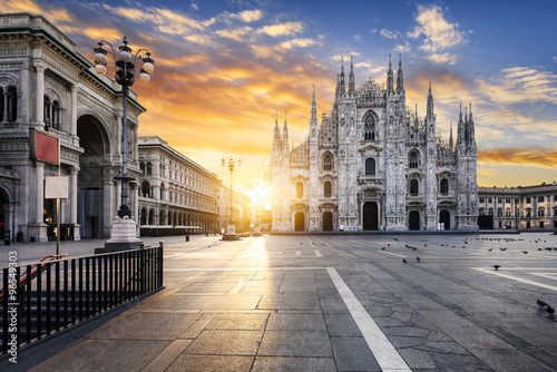Cadres-photo bureau Milan Milano spirit