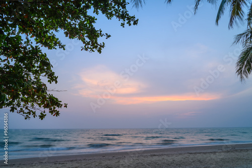 Spoed Foto op Canvas Caraïben Tropical beach with coconut palm at summer time