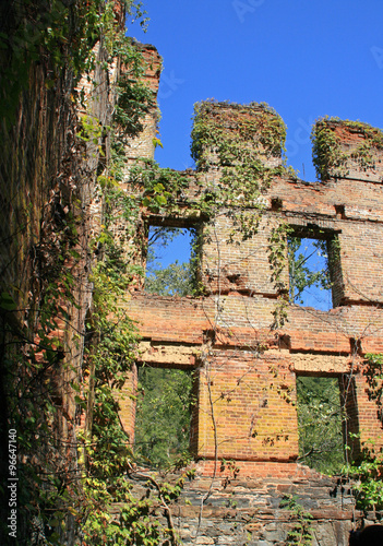 Photo  Ruins of New Manchester Manufacturing Company Mill at Sweetwater Creek State Par