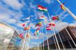 Leinwanddruck Bild - europäische Flaggen auf dem Kirchberg in Luxemburg
