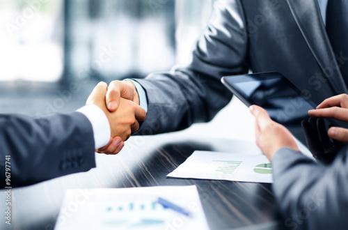 Fotografie, Obraz  Business people shaking hands
