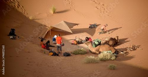 Photo bivouac dans les dunes