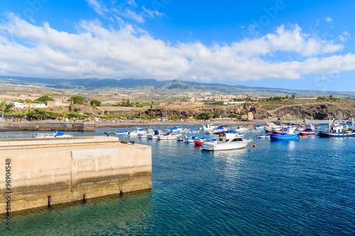Foto op Plexiglas Caraïben Boats in San Juan port with mountains in background, Tenerife, Canary Islands, Spain