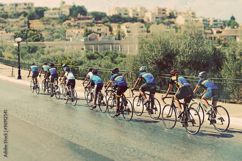 Foto op Plexiglas Fietsen Cyclists during the race on city street.