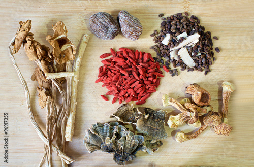 Photo  Chinese herbal soup ingredients