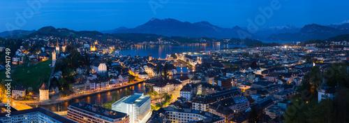 Photographie  Luzern Panorama zur blauen Stunde