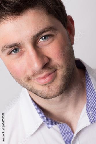 Beau Jeune Homme smile of beautiful young man, sourire d'un beau jeune homme - buy