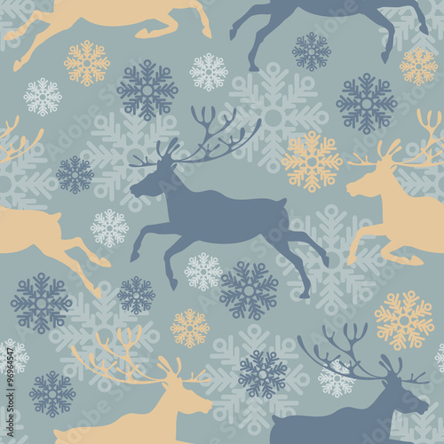 Cotton fabric Cute Merry Christmas seamless pattern with reindeers and snowflakes. Vintage vector illustration.
