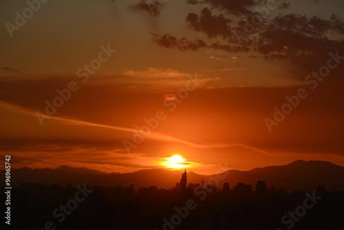 Keuken foto achterwand Rood traf. Amazing sunset clouds in Santiago, Chile