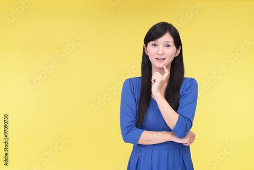 Fototapety, obrazy: 笑顔の女性
