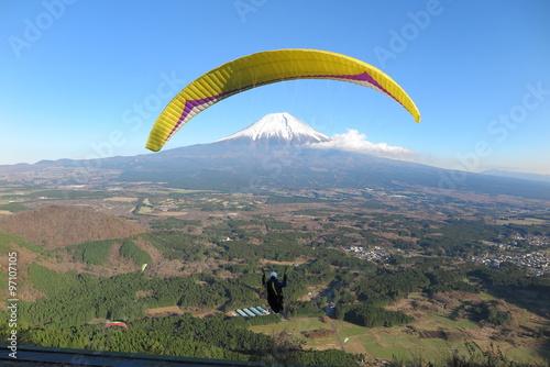 パラグライダー 富士山