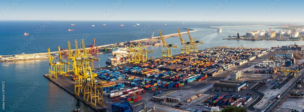Fototapeta Port in Barcelona