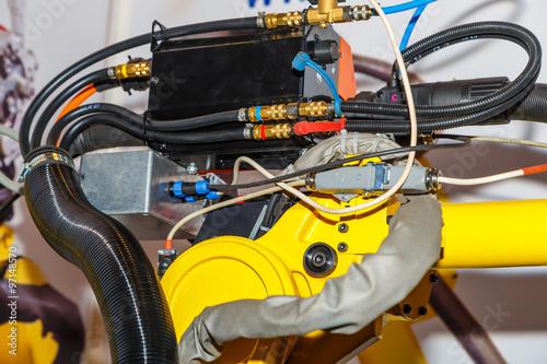 Photo sur Aluminium Vache Industrial welding robot closeup