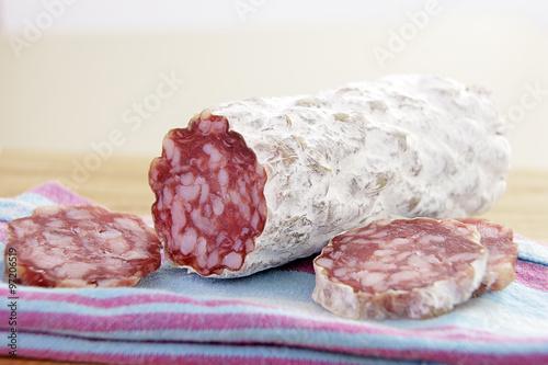Cuadros en Lienzo saucisson sec rosette de Lyon en gros plan