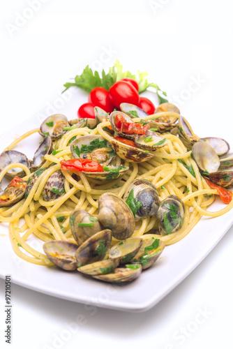 Foto op Aluminium Buffet, Bar Pasta with Clams