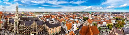 Fototapety, obrazy: Aerial view on Marienplatz town hall