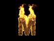 Feuer Buchstabe M auf schwarzem Hintergrund