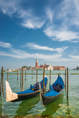Papiers peints Gondoles Beautiful Church of San Giorgio Maggiore and gondolas, Venice, I