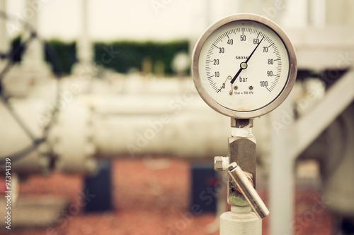 Fotografie, Obraz  Detailní záběr na vysokotlakém tlakoměru, měření zemního tlaku plynu