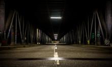 Hamburg: Unter Der Brücke