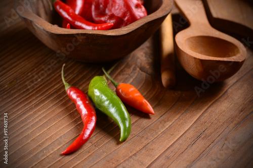 Photo peperoncino di vario colore