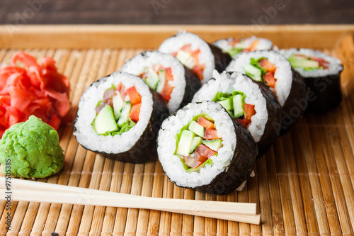Photo  vegetarian sushi roll
