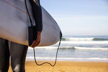 Surfista En La Playa