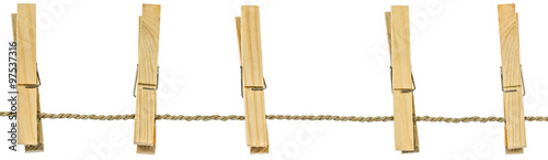 Cuadros en Lienzo  cinq pinces bois sur corde à linge