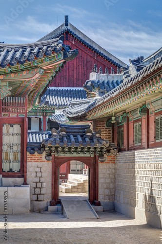 Photo  Gates in Gyeongbokgung Palace, Seoul, South  Korea