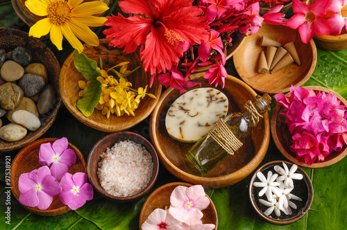 Recess Fitting Spa Tropical flower Spa set
