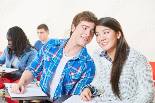 Was du bei einer Flirtschulung lernen kannst