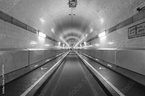 alter elbtunnel hamburg germany black and white