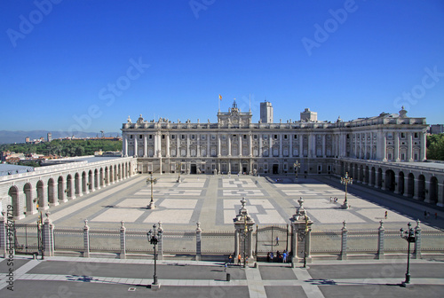 Foto  MADRID, SPAIN - AUGUST 23, 2012: Palacio Real - Royal Palace in Madrid