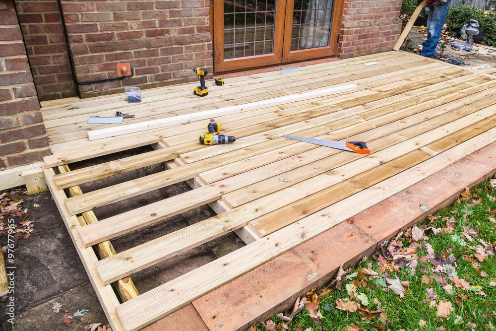 Holzterrasse, Deck, Terrasse Bau. Foto, Poster, Wandbilder bei ...
