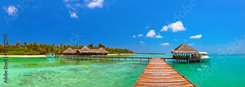 Foto op Canvas Tropical strand Tropical Maldives island