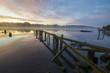Bajkowy wschód słońca nad rzeką