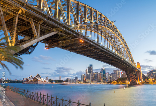 Sydney, Australia. Amazing skyline at dusk © jovannig