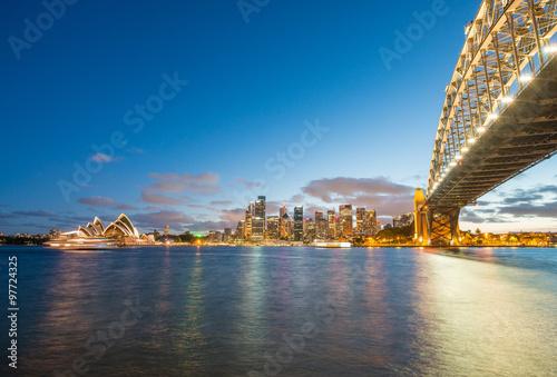 Fotografia, Obraz  Magnificence of Harbour Bridge at dusk, Sydney