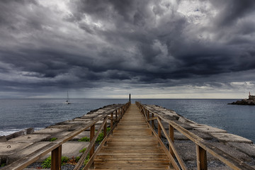 Gateway to the storm