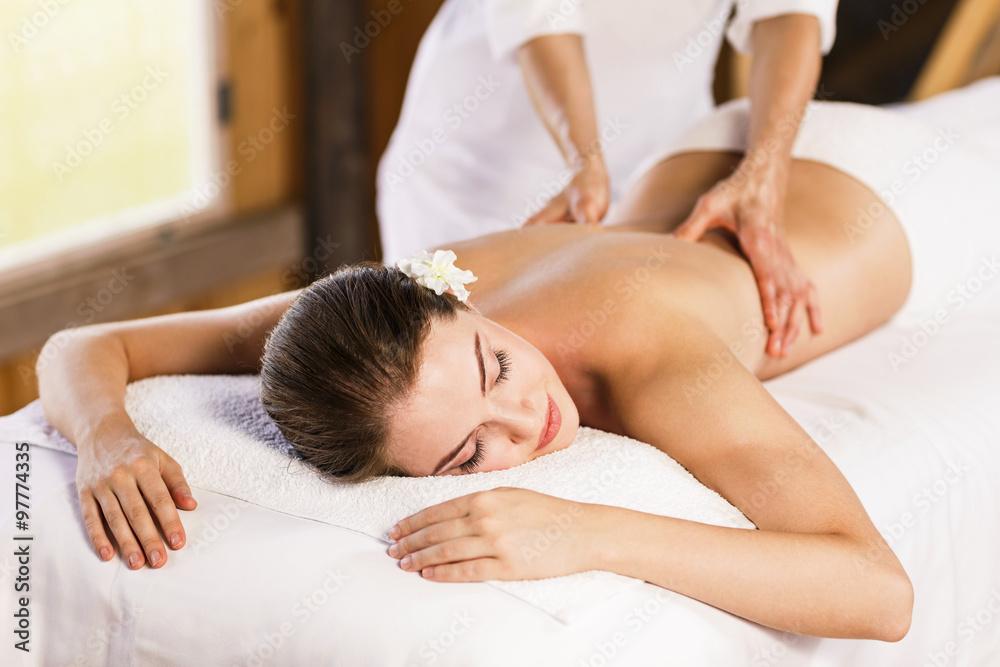 Fotografie, Obraz  Žena se těší masáž.