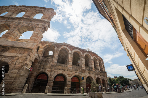 In de dag Verona amphitheatre, completed in 30AD, the third largest in the