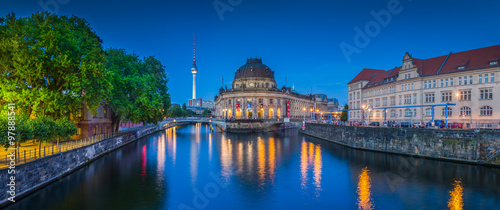 Poster Berlin Berlin Museumsinsel with TV tower and Spree river at night, Germany