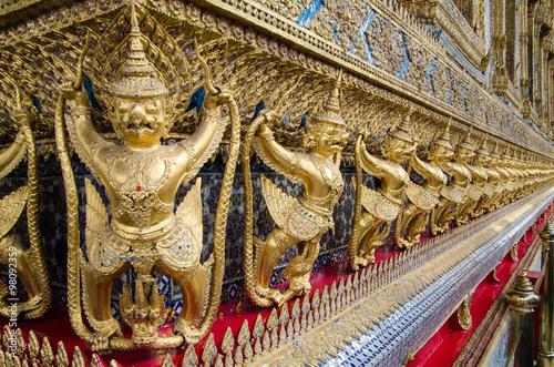 Photo  Wat Phra Kaew, Temple of the Emerald Buddha  is famous temple in Bangkok, Thaila