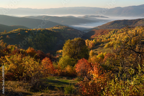 Poster de jardin Parc Naturel Autumn in the mountains