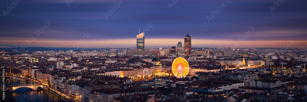 Fototapety, obrazy: Panoramique de la ville de Lyon