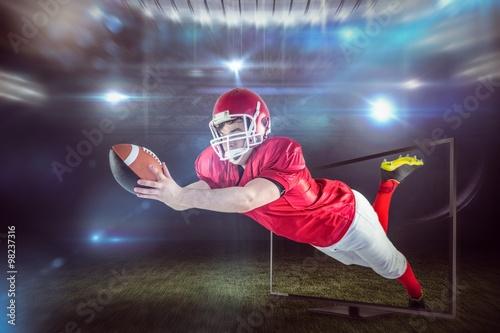 zlozony-wizerunek-zdobywa-ladowanie-futbol-amerykanski-gracz
