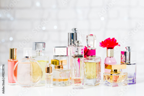 Fototapeta Perfume bottles obraz