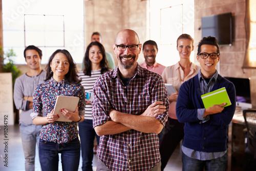 Fotografía Portrait Of Staff Standing In Modern Design Office