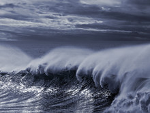 Big Stormy Wave Toned Blue